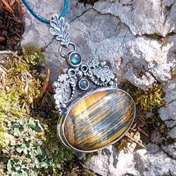 liście,dębowy,tygrysie oko,złote światło,las - Wisiory - Biżuteria