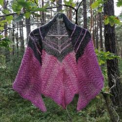 ażurowa chusta na drutach,rękodzieło,styl - Szale, apaszki - Dodatki