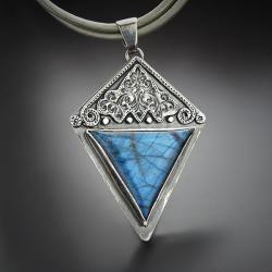 srebrny,wisior,geometryczny,z labradorytem - Naszyjniki - Biżuteria