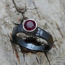rubin,blask,bordowy,srebrny,surowy,retro,prezent - Pierścionki - Biżuteria