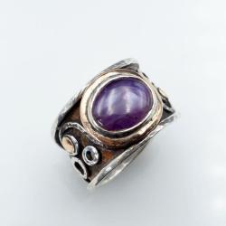 Pierścionek ze złotem i rubinem - Pierścionki - Biżuteria