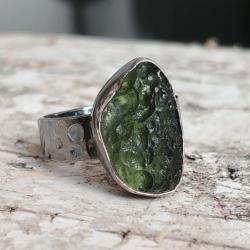 mołdawit,srebrny,blask,butelkowa zieleń,butelkowy, - Pierścionki - Biżuteria