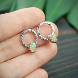 koła,eleganckie,opalizujące,romantyczne - Kolczyki - Biżuteria