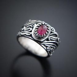 srebrny,pierścionek,z rubinem,szeroka obrączka - Pierścionki - Biżuteria