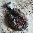 Wisiory kwarc,żelazisty,blask,kryształ,czerwony,srebrny