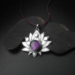 wisiorek,kwiat lotosu,srebrna biżuteria,fiann - Wisiory - Biżuteria