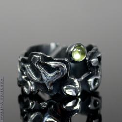 luksusowy Rutenowany pierścionek z perydotem - Pierścionki - Biżuteria