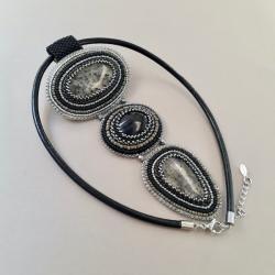 naszyjnik z kwarcen,z onyksem,haft koralikowy - Naszyjniki - Biżuteria