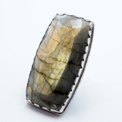 pierścionek z dużym fasetowanym labradorytem - Pierścionki - Biżuteria
