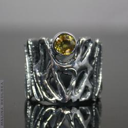 sfen,tytanit,okazały,surowy,organiczny - Pierścionki - Biżuteria