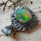 Wisiory opal,srebrny,baśniowy,retro,teczowy,srebro,zieleń