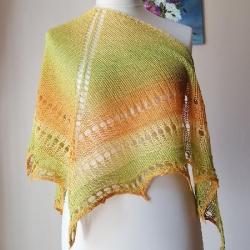 chusta na drutach,rękodzieło,stylowa chusta - Inne - Dodatki