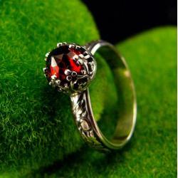 nehesi,pierścień,srebrny,srebra,granatem - Pierścionki - Biżuteria