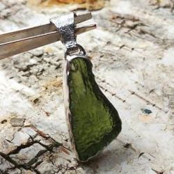 mołdawit,srebrny,blask,butelkowa zieleń,butelkowy, - Wisiory - Biżuteria