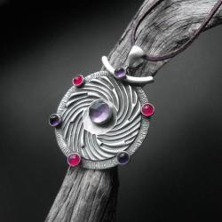 wisior,z ametystem,rękodzieło,biżuteria - Wisiory - Biżuteria