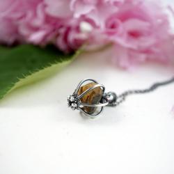 delikatny,srebrny wisior,tygrysie oko,prezent - Wisiory - Biżuteria