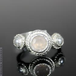 Antyczny pierścionek z kwarcem różowym,kwarc róż - Pierścionki - Biżuteria