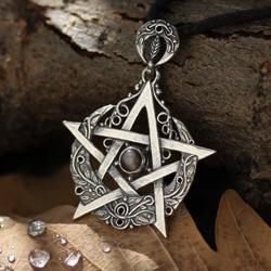 pentagram,obsydian,księżycowy,księżyc,magia - Wisiory - Biżuteria