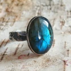 pierścionek labradoryt,granat,barwa morza - Pierścionki - Biżuteria