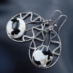 srebrne kolczyki z muszlą tygrysią - Kolczyki - Biżuteria